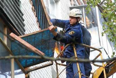 В Брянске комиссия выяснит, почему обрушился балкон и погибли люди