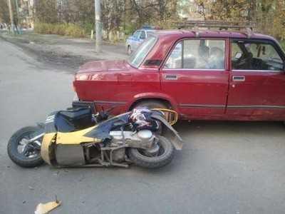 Брянские водители сбили двоих пенсионеров и скутериста