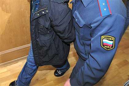 За удар полицейского по носу брянец может сесть на 10 лет