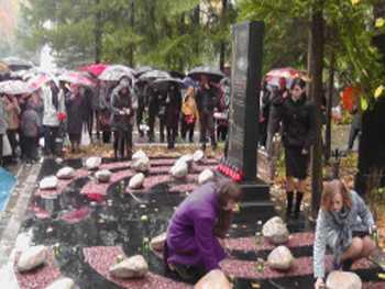 В Брянске открыли единственный в России мемориал жертвам Холокоста