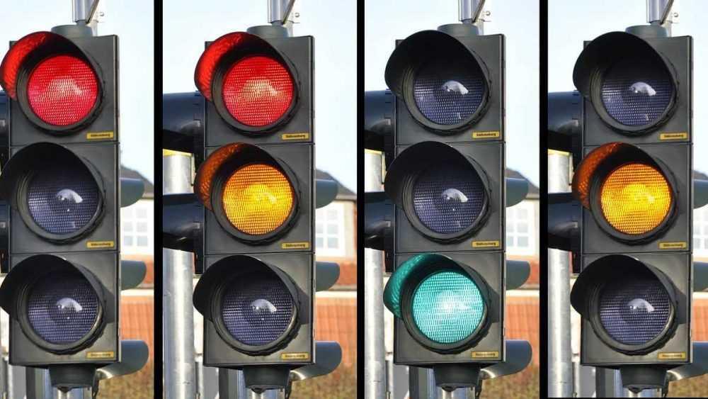 В Брянске появился новый светофор