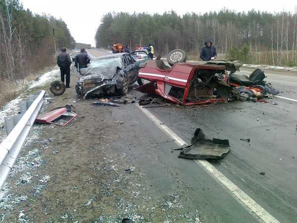 Молодой брянский водитель и его пассажир погибли на «встречке»