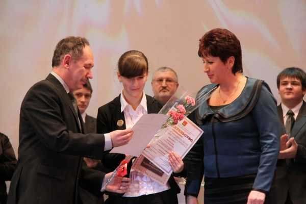 В Брянске 150 человек получили муниципальные премии