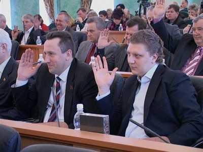 Депутат Брянской областной Думы Иванов «не может совмещать»