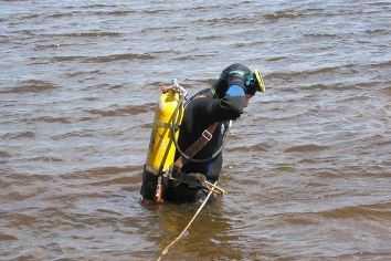 Брянский водолаз, спасший 35 человек, стал лучшим в ЦФО
