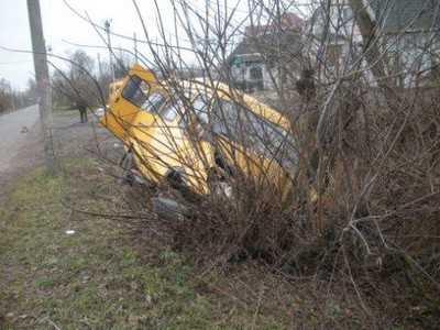 Водитель брянской маршрутки покалечил двух своих пассажирок