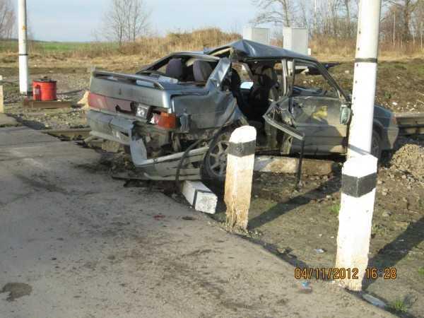 Молодой брянский водитель не успел «обмануть» тепловоз
