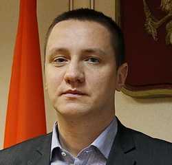 Милиционер Руслан Дубовой стал главным по городской торговле