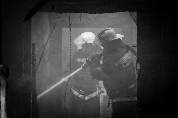 В брянском райцентре Локоть пожар унес жизни двух человек
