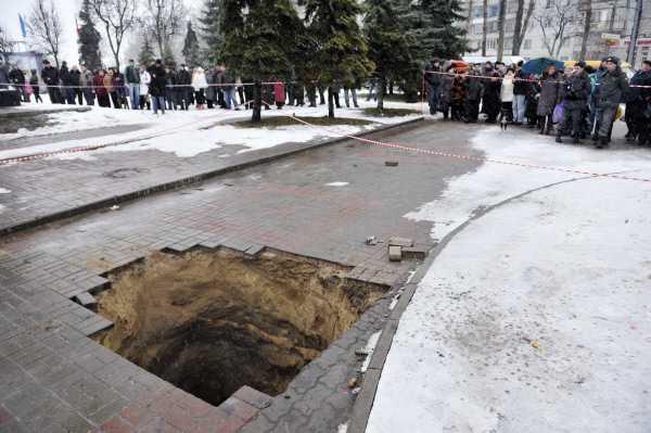 В гибели ребенка в канализационном коллекторе обвинили главу водоканала Брянска