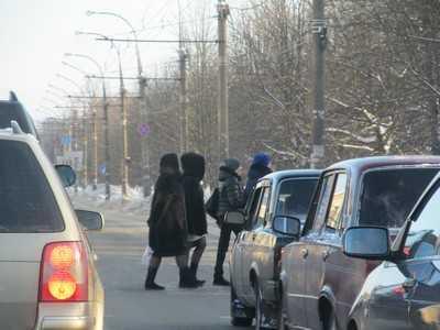 В Брянске менеджер «Автомира» сбил пешехода