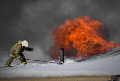 В ночном пожаре в Большом Полпине погиб мужчина