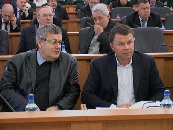 Брянская Дума в тридцатый раз переписала Устав области