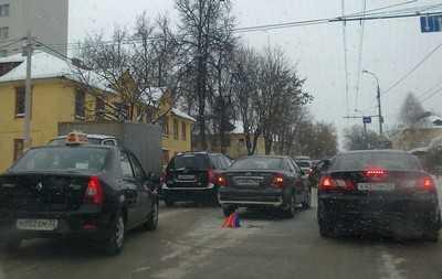 Брянск снова в пробках, число аварий огромно