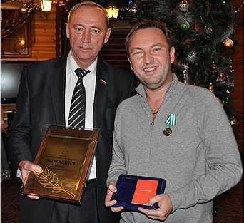 Депутату Брянского горсовета Аронову  дали «медаль» и рекламу