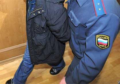 Задержан хулиган, ударивший брянского полицейского
