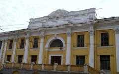 ДК Дормаша в Брянске: деньги ушли, здание разваливается