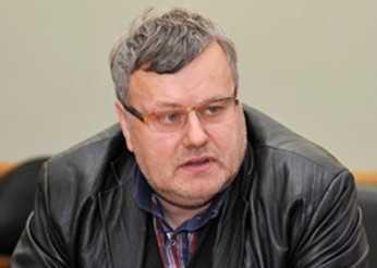 «Кадровая обеспеченность»: прокуратура наказала — губернатор принял