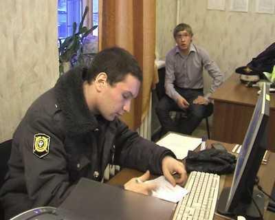 В Брянске выявили гаишника-самозванца