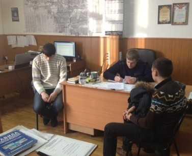 Полиция задержала гонщиков, трюкачивших в центре Брянска