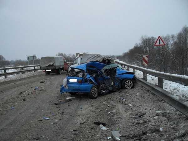 На объездной дороге вокруг Брянска погибла девушка-автолюбитель