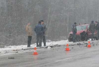На дороге Брянск — Дятьково столкнулись три автомобиля
