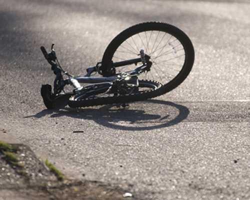 В Брянской области легковушка оборвала жизнь велосипедистки