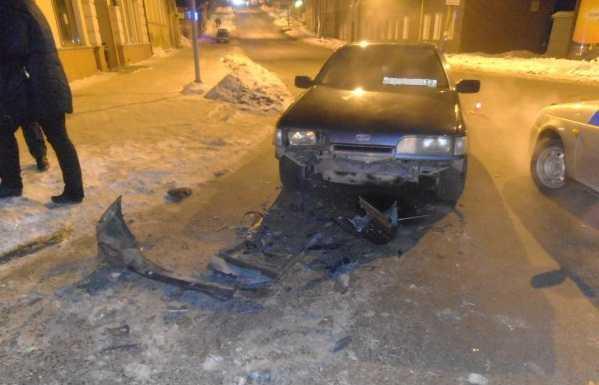 В Брянске в аварию попал хронический нарушитель ПДД