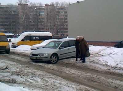«Вот это я заехала»: брянские дороги и джентльмены-таксисты