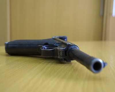 Брянец застрелил недруга из авторучки