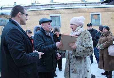 Новоявленные пенсионеры «Брянских КС» получили поздравления