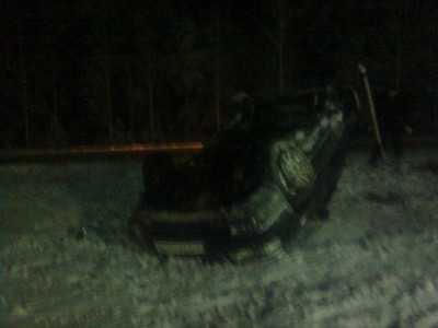 Под Клинцами водитель «копейки» протаранил и перевернул аварийный ВАЗ