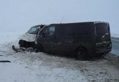 В Брянской области Шкода врезалась в маршрутку, пострадали пятеро