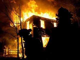 В Брянской области двое мужчин погибли при пожаре