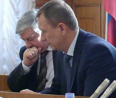 На совете Думы брянский губернатор указал депутатам их место