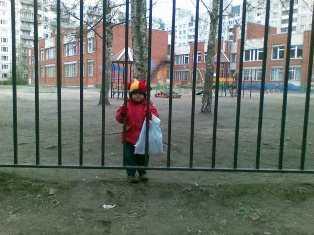Дошколят, сбежавших из брянского детсада, обнаружили в магазине