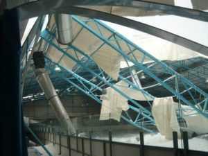 В Брянске обрушилась крыша хоккейной арены дворца «Пересвет»