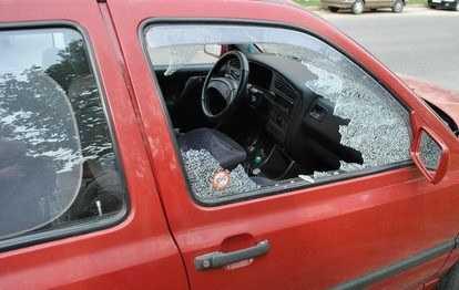 В Брянской области депутат райсовета  разбил чужую машину