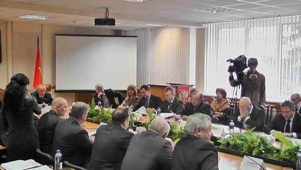 Бывшему брянскому мэру «неуд» поставили  десять депутатов