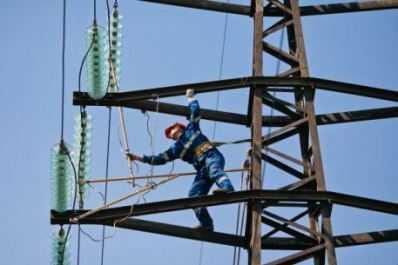 Центр Брянска обесточен из-за обрыва линии электропередачи