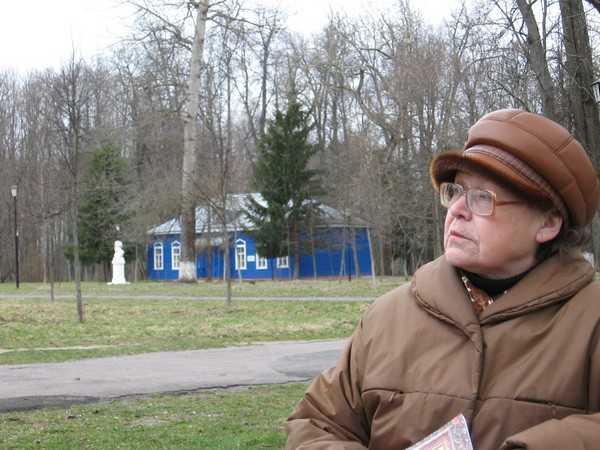 Захарова: Реконструкция усадьбы А.К. Толстого Красный Рог под угрозой