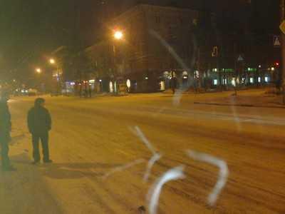 В Брянске женщина пошла на «красный» и попала под автомобиль
