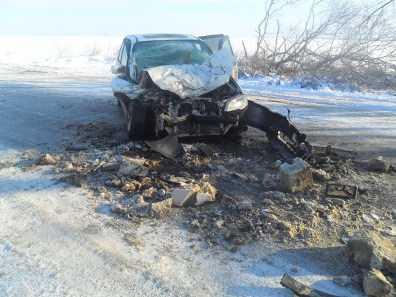 На  брянской трассе Хонда врезалась в грузовик