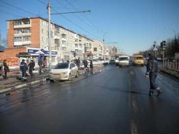 На проспекте Московском в Брянске Шевроле  сбил пенсионерку