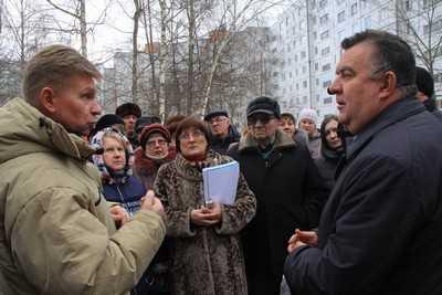 Полумэр Брянска Кистенев пообещал помощь в борьбе с коммунальщиками