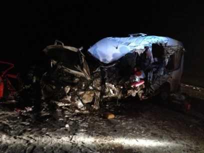 На брянской трассе один человек погиб  и четверо пострадали