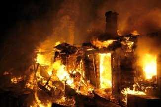 В Брянской области трое мужчин погибли  при пожаре