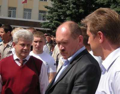 Брянский горсовет отпустил с миром Сергея Смирнова