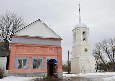 Жителям брянского села возвращена церковь, превращенная в магазин