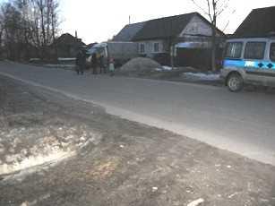 В Брянске пьяный скутерист сломал ногу учащейся техникума